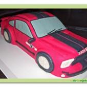 151.Marcipánový modelovaný dort – osobní auto – malé sportovní