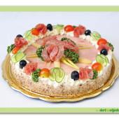 215. Uzeninovosýrový dort