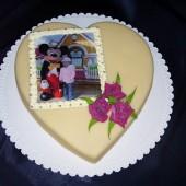 196.Atypický svatební marcipánový dort s jedlou fotografií nebo modelovanou ozdobou
