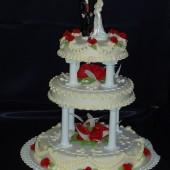 181.Svatební dort se sloupky a sv. párem
