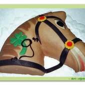 239.Marcipánový dort – hlava koně hnědák