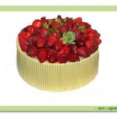 194.Čokoládový dort s jahodami a textilní mašlí
