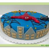 115.Marcipánový dort – Spiderman v nočním městě