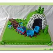 106. Marcipánový dort mašinka Tomáš