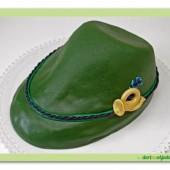 261. Modelovaný marcipánový dort 3D – myslivecký klobouk