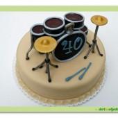 253. Marcipánový dort s hudebními motivy – Bubny
