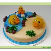 237.Marcipánový dort s kachničkami