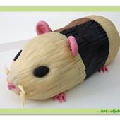 6. Modelovaný marcipánový dort 3D – Morče