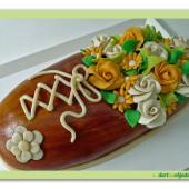 201.Marcipánový dort – Bota plná květin