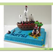 52.Marcipánový dort s pirátskou lodí a pirátem