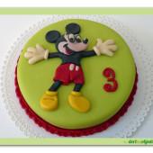 70.Malý marcipánový dort s motivem Mickey Mouse