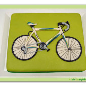 273. Marcipánový dort s cyklistickým kolem