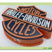 12.Marcipánový modelovaný dort logo Harley Davidson