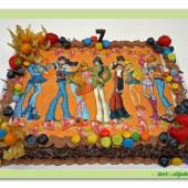 48.Pařížský dort s jedlou fotografií, ovocem a marcipánem na téma Winx club