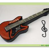 251. Marcipánový modelovaný dort  –  Kytara