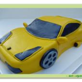 10.Marcipánový modelovaný dort sportovní auto Maserati