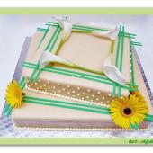 173. Svatební marcipánový dort s dekorací živých květů Gerbery a Kaly