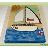 588. Marcipánový dort s dekorem plachetnice
