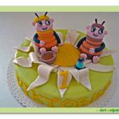 55.Marcipánový dort se Včelími medvídky