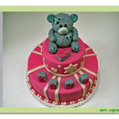 56. Marcipánový dort patrový malý růžový s medvídkem