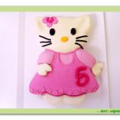 84.Marcipánový modelovaný dort 3D – Kitty