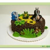79.Čokoládový dort s marcipánovými figurkami Krteček a zvířátka
