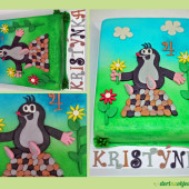 32. Marcipánový dort s dekorem Krtečka s květinami