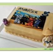 29. Marcipánový dort na téma Lego Ninjago