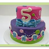 """4. Slavnostní marcipánový dort – """"Knoflíkový dort """""""