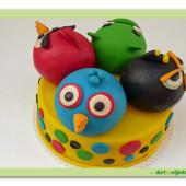 38. Marcipánový dort Angry birds – velký