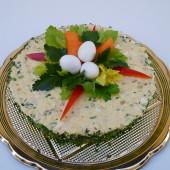 214. Slaný velikonoční / jarní / dort z kuřecího salátu a křepelčích vajec