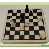 270. Marcipánový modelovaný dort – šachová partie