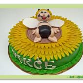 30. Marcipánový dort včelka Mája na slunečnici
