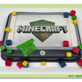 24. Minecraft – marcipánový dort