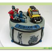 25. Transformers – marcipánový dort s figurkami a tiskem z jedlého papíru