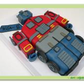 23. Transformers dort – Optimus prime – marcipánový 3D dort