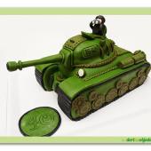 324. Marcipánový modelovaný 3D dort – Tank