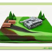 329. Marcipánový dort military s tankem