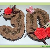 352. Slavnostní čokoládový dort ve tvaru čísla