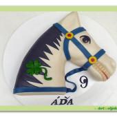 338. Marcipánový dort Kůň
