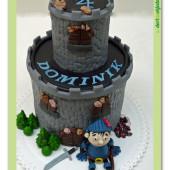336. Marcipánový dort – Hradní věž s rytířem