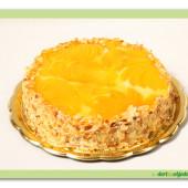 364. Tvarohový dort s broskvemi a mandlemi
