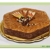 363. Jablečný smetanový dort