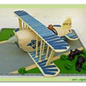 395. Dvojplošník – marcipánový 3 D dort – letadlo