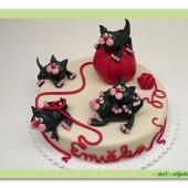 410. Kočičí hrátky – marcipánový dort