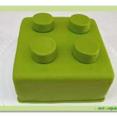 411. Lego kostka marcipánový dort