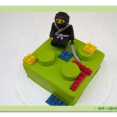 412.  Lego ninjago marcipánový dort