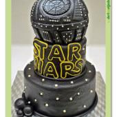 389. STAR WARS  -Hvězda smrti – velký marcipánový dort