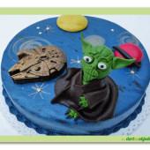 388. Star wars marcipánový dort s Yodou a kosmickou lodí
