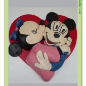 441. Mickey a Minnie  v srdci – velký 3D modelovaný dort